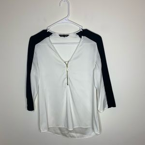 Express Womens XS Black/White 3/4 Sleeve Blouse